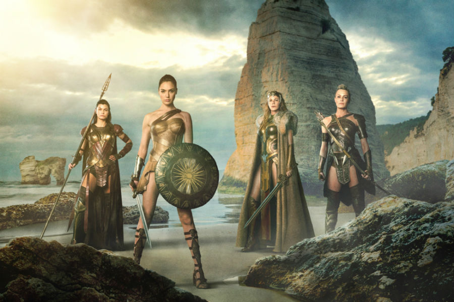 First Look Wonder Woman Movie Image