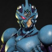 Guyver I Ultimate Version Guyver: The Bioboosted Armor Statue