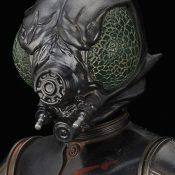 4-LOM Star Wars Statue