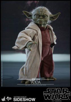 Yoda Star Wars Sixth Scale Figure - Hot Toys - UK